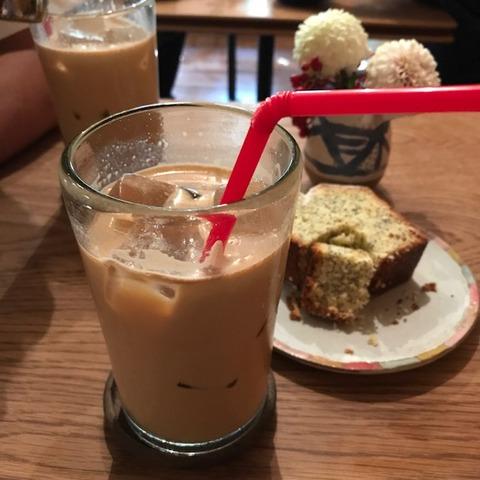 パドラーズコーヒーケーキとカフェオレ