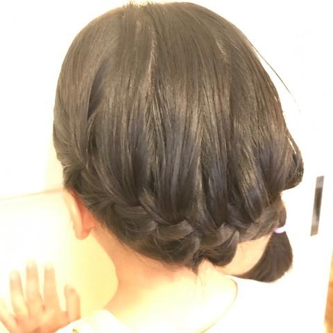 子どものヘアアレンジまとめ髪
