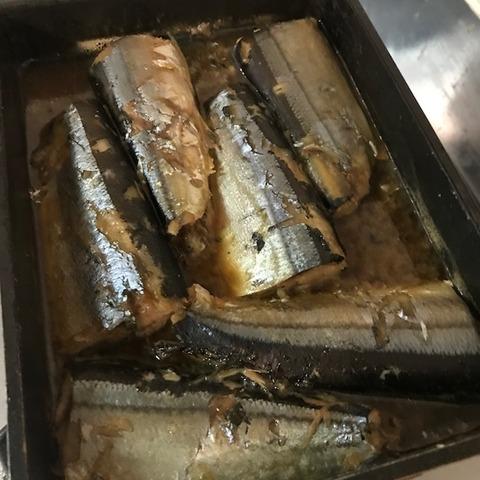 卵焼き器で魚の煮つけ