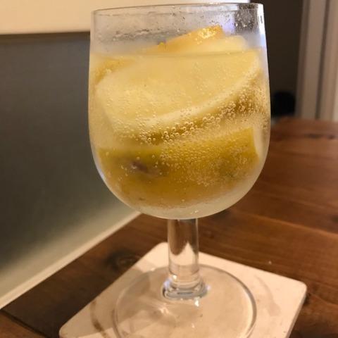 国産レモン大量消費凍ったレモンでレモンサワー完成