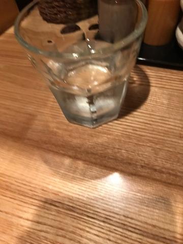 魚骨ラーメン鈴木さん店内3