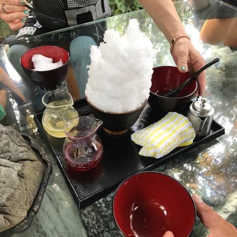 阿佐美冷蔵かき氷メロン苺