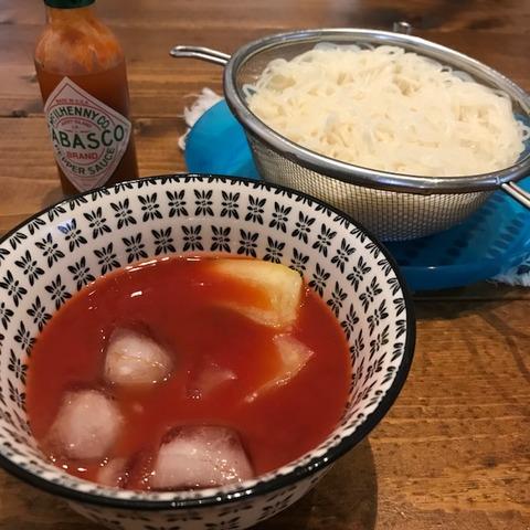 トマトジュース+麺つゆ+塩レモンそうめん