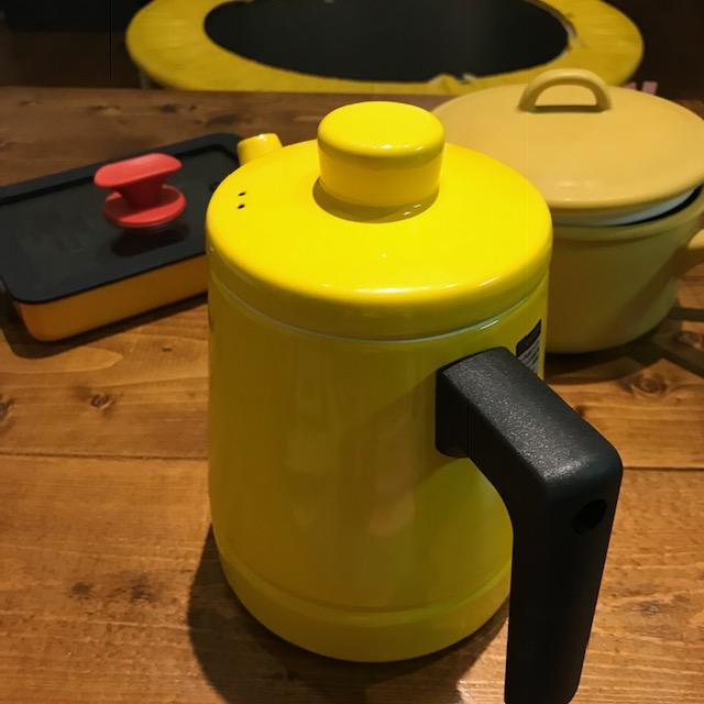 結果黄色い調理器具ばかり