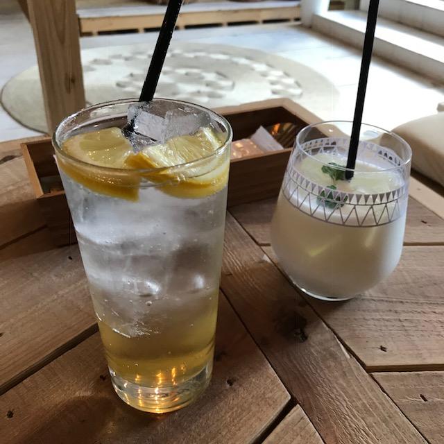 渋谷ボーホードクラブレモネードとココナッツミルク