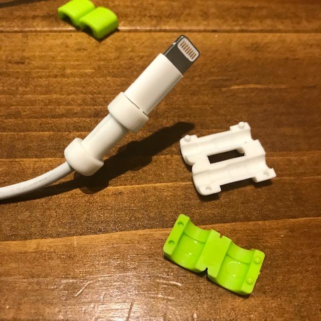 セリア断線防止iPhone用ケーブルガードパーツは2種類