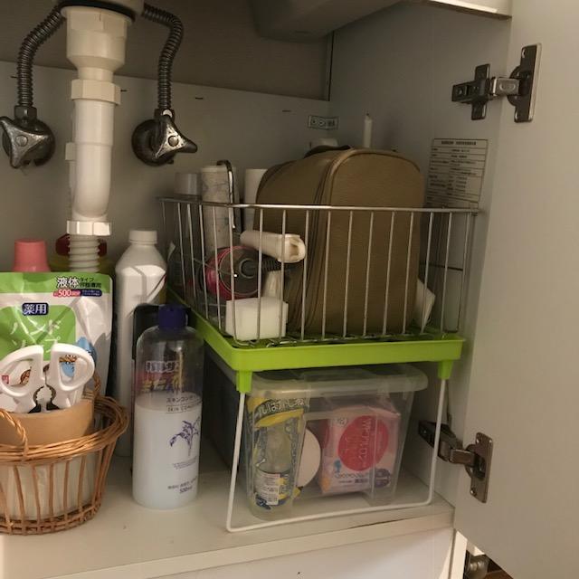 水切りかごを洗面所下に再活用