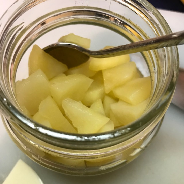 りんごを甘く煮てみた