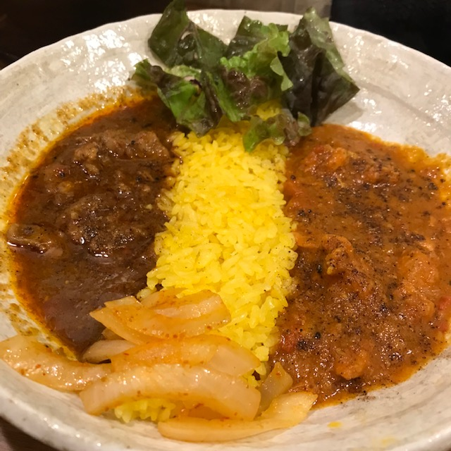 SpicyCurry魯珈ろか2種カレーチキンとラム