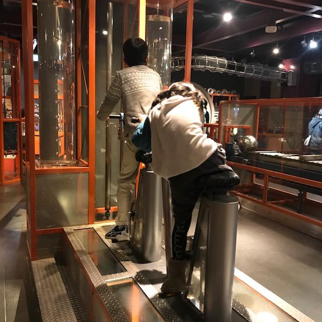 科学技術館展示の内容1