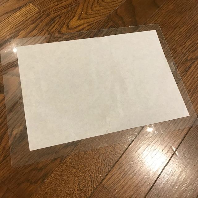 タブレットやスマホで写し絵したじきに紙を固定
