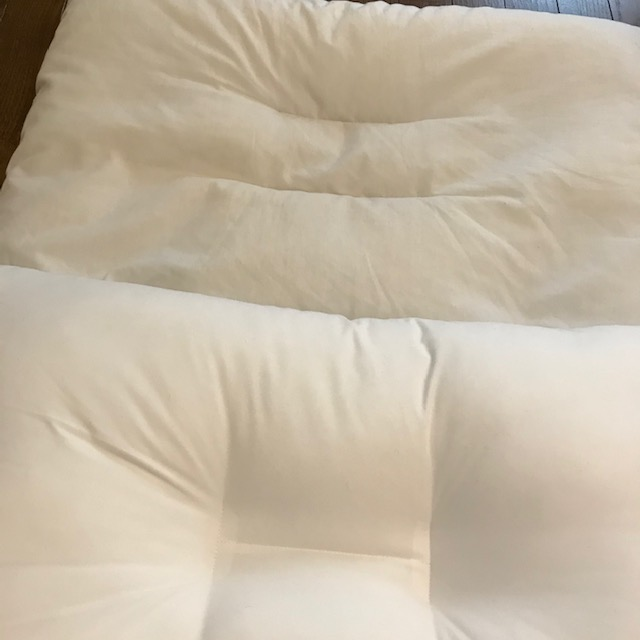 ロフテースマート2020と無印良品の枕比較